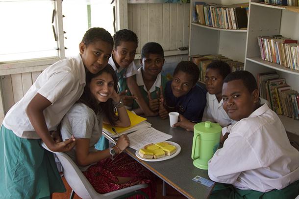 Global medicine alumna Rasa Rafie interviews Fijian schoolchildren about nutrition, sugar consumption and health on the island of Malolo.